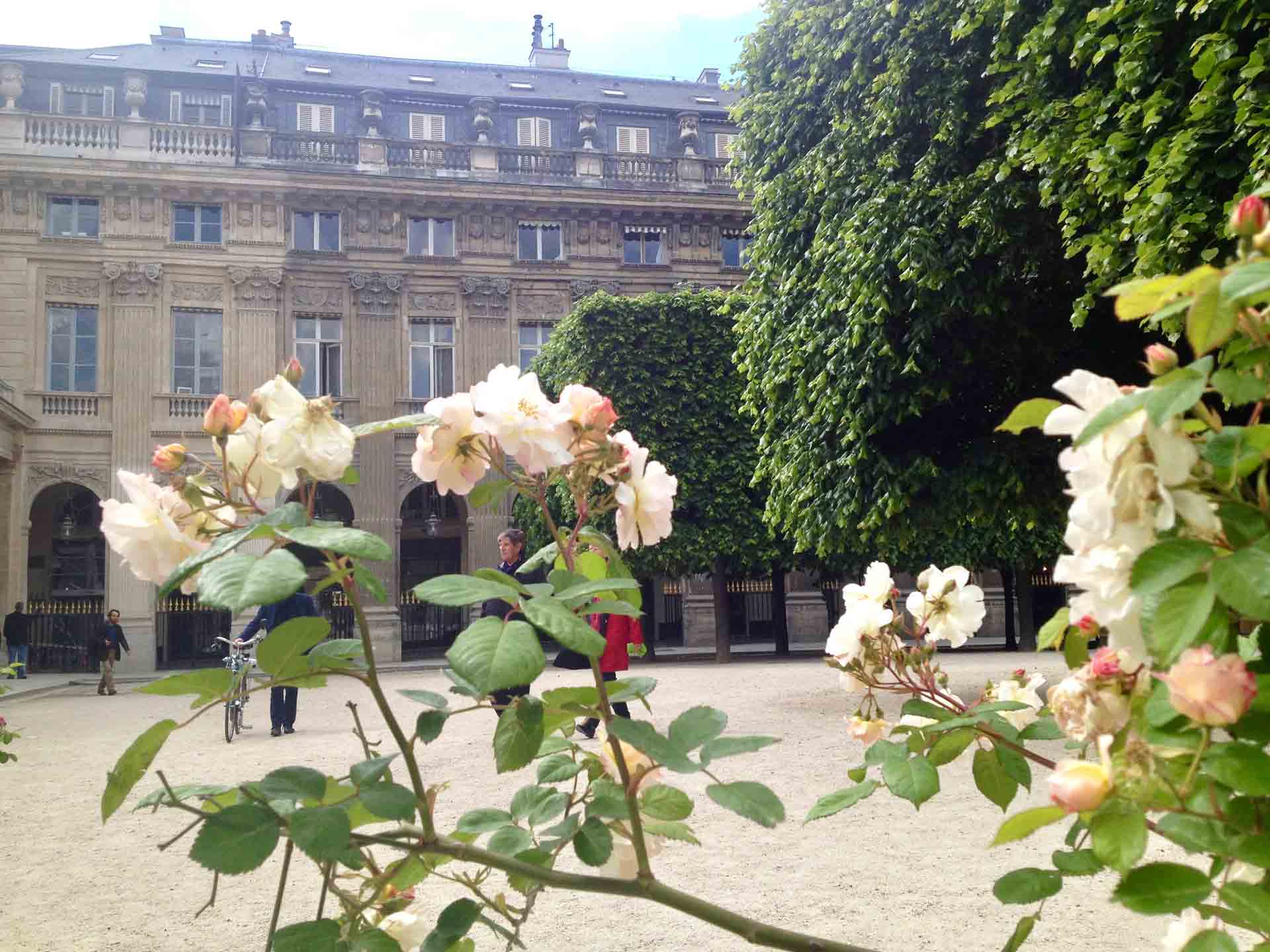 Walking Tour Palais Royal Paris